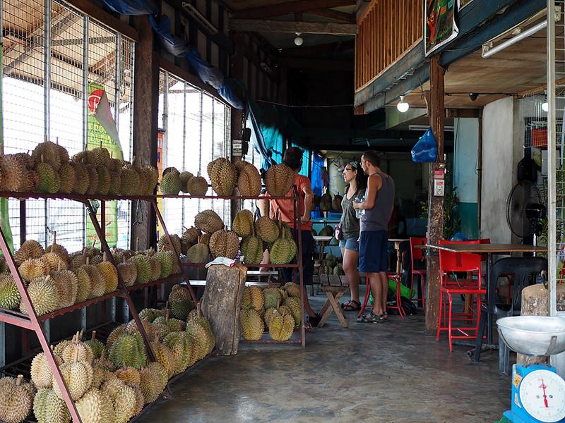 rosario's-durians.jpg