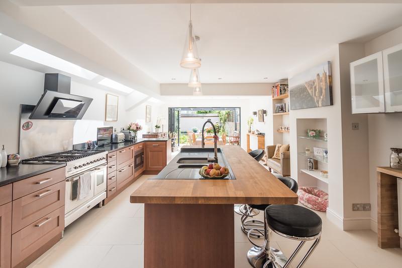 20170601- pkp - UTDM - Stokenchurch - Kitchen 1.jpg