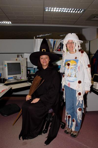Img2005-10-31-110748 Halloween.jpg