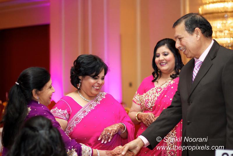 Naziya-Wedding-2013-06-08-02096.JPG