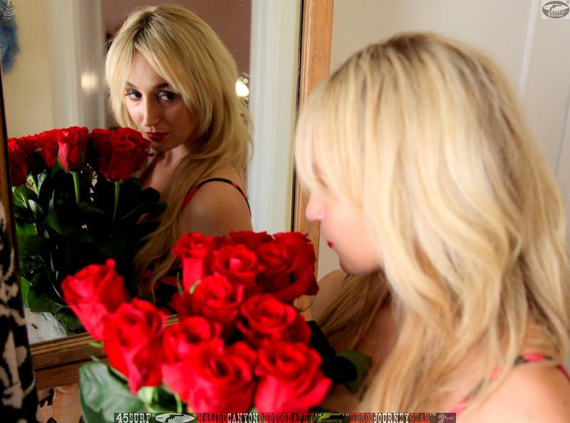 45surf hollywood lingerie model beautiful girl pretty lingerie 037,.kl.,.,.jpg