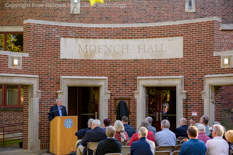 RHIT_Homecoming_2017_Moench_Bust_Dedication-21870.jpg