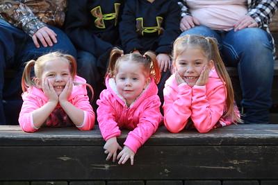 2015-10-11 Digitals - The Dora Ladwig Family Photo Shoot