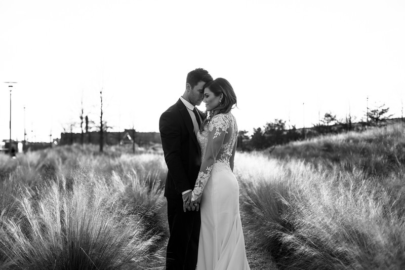 Kate&Josh_B&W_ZACH.WATHEN.PHOTOGRAPHER-454.jpg