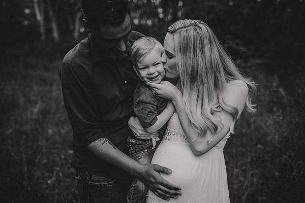 Melissa & Brett {Maternity}