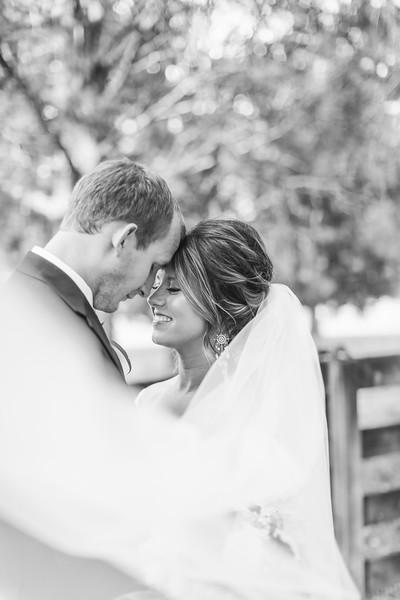 105_Aaron+Haden_WeddingBW.jpg