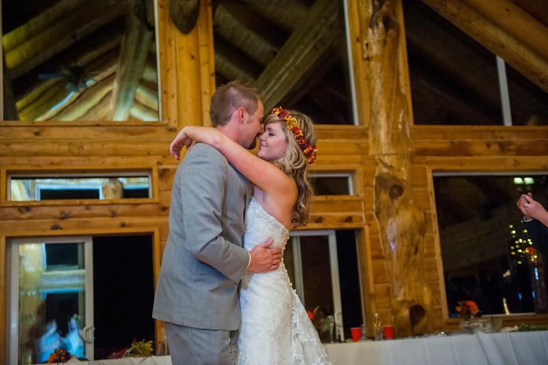 Jodi-petersen-wedding-639.jpg