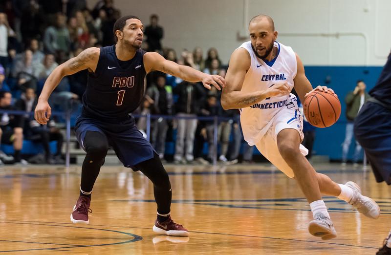 f01/18/18  Wesley Bunnell | Staff  CCSU Men's basketball defeated Fairleigh Dickinson University 66-65 at CCSU. Tyler Kohl (1).