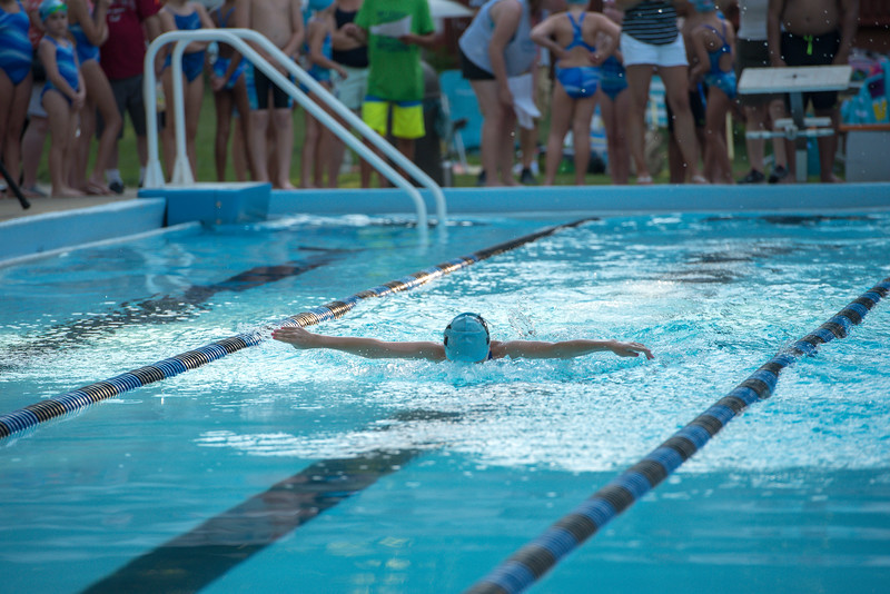 lcs_swimming_kevkramerphoto-093.jpg