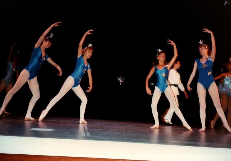 Dance_0007_b.jpg
