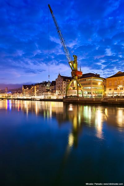 City crane