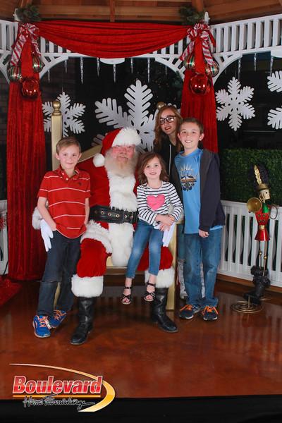 Santa 12-17-16-272.jpg