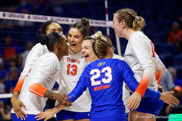 21-10-02_Florida Gators Womens Volleyball vs Ole Miss Rebels