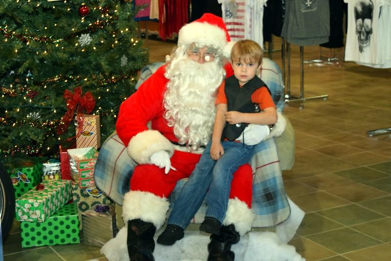 2014 Santa Visits J&P Cycles Florida Superstore (3).JPG