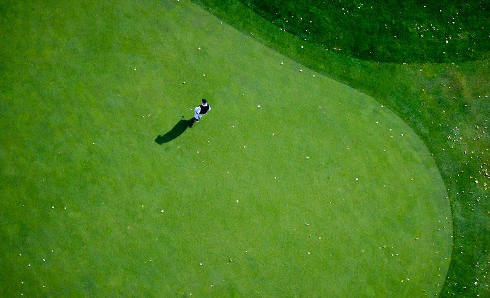 . A golfer on an east-metro course. (Pioneer Press: Ben Garvin)