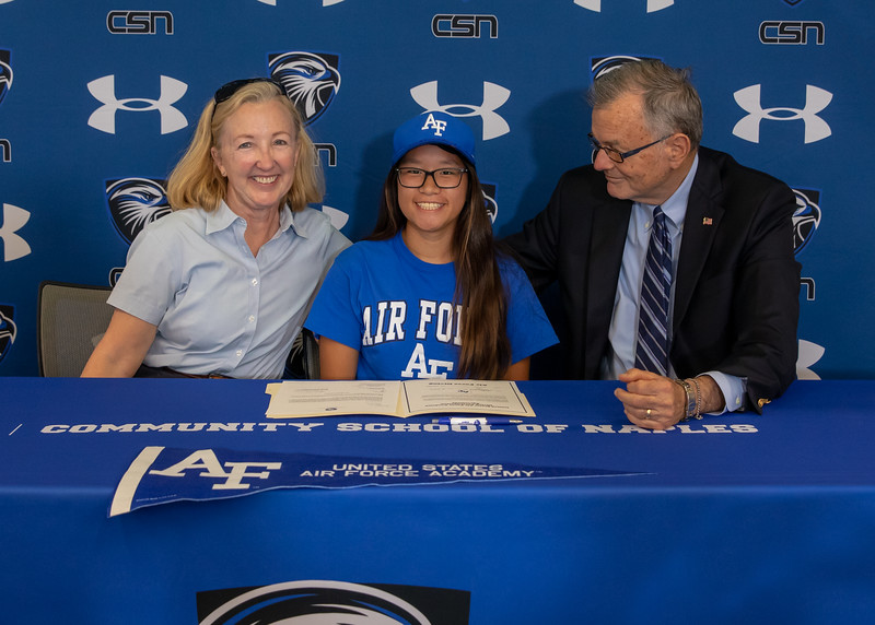 5.1.19 CSN College Signing - Weiss & Carr-11.jpg