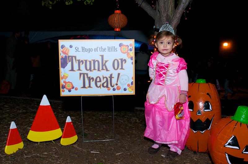 Trunk or Treat 2011 2011-10-28  196.jpg