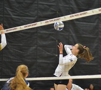 2013-10-01 Volleyball v Cal Baptist
