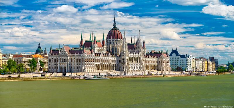 Budapest_DSC4923-web.jpg