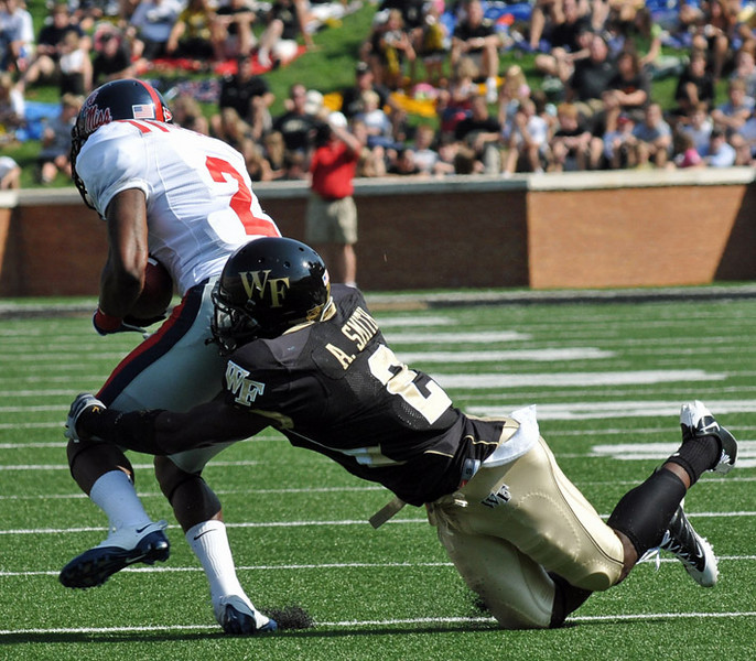 Smith tackles Wallace.jpg