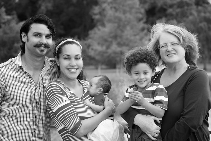 Simmons-Rodriguez-family-008.jpg