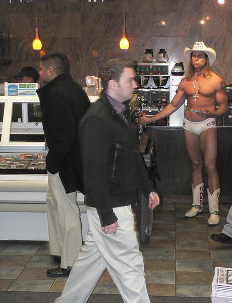 """The naked cowboy"" gästade vårt stamkafé"