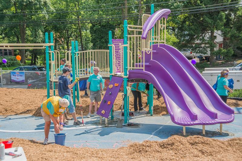 Ardmore Avenue School Playground Build