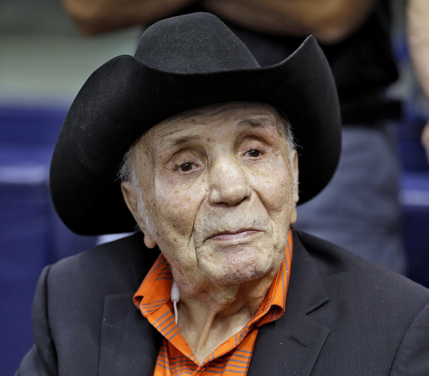 . FILE - In this Sept. 15, 2015, file photo, Jake LaMotta watches batting practice before a baseball game between the Tampa Bay Rays and the New York Yankees, in St. Petersburg, Fla. LaMotta, whose life was depicted in the film �Raging Bull,� died Tuesday, Sept. 19, 2017, at a Miami-area hospital from complications of pneumonia. He was 95. (AP Photo/Chris O\'Meara, File)