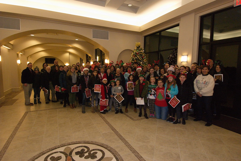 2018-12-19-Christmas-Caroling_009.jpg