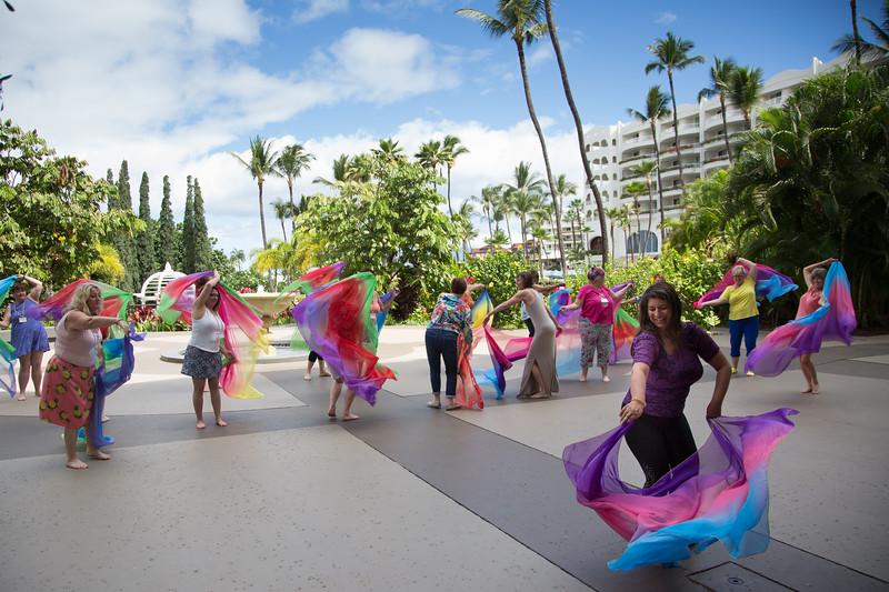 Maui-Caterina-Moneeka-VeilDancing-030.jpg