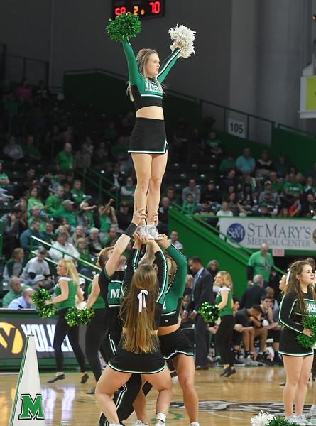 cheerleaders3194.jpg