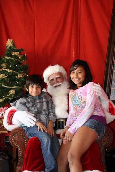 Santa Clause 27NOV2010-093.JPG