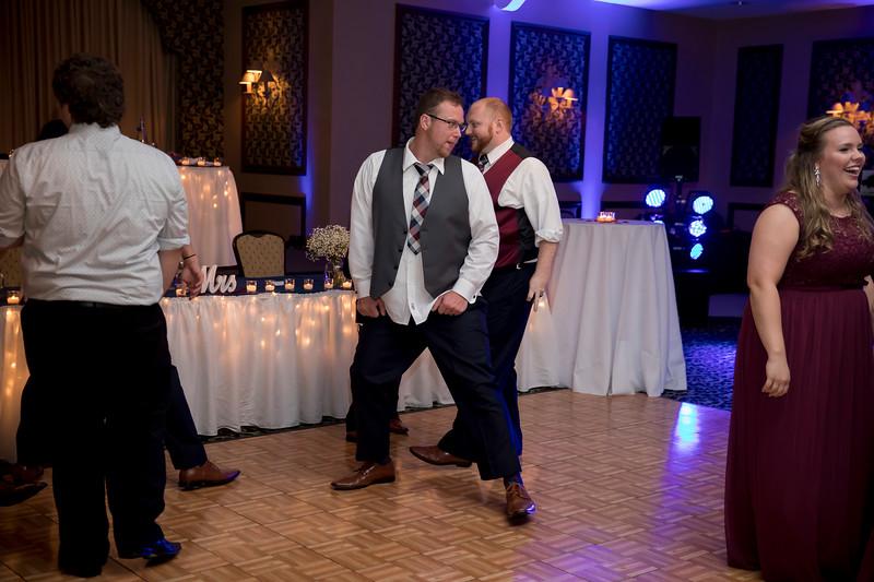 Amanda & Tyler Wedding 1085.jpg