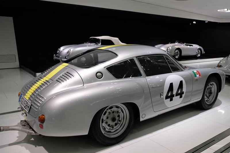 Porsche Museum 02.jpg
