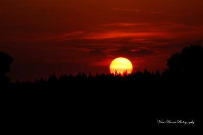 Sun sets and Sun rise
