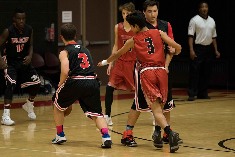 kwhipple_WWS_vs_Siena_basketball_20171206_054.jpg