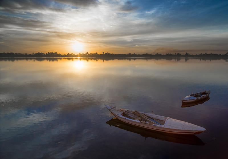 Amanecer en el Nilo. Kom Ombo. Egipto