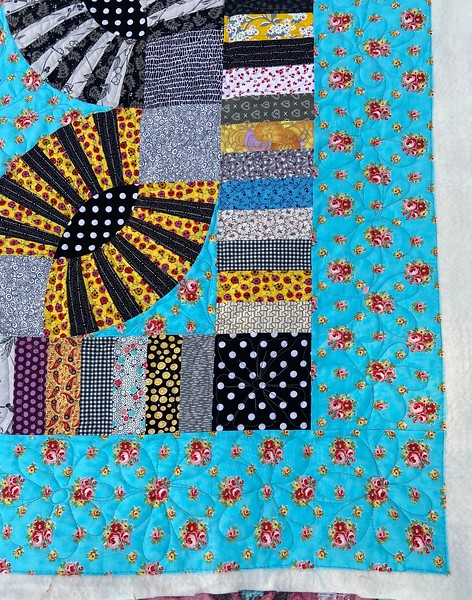 Gypsy Kisses pieced by Carol Meyers