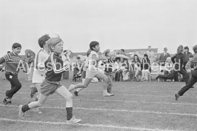 Elmhurst County Junior School sports, July 1978