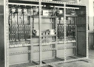 Andrada - Quadro Geral de Baixa Tensão construído nas Oficinas de Electricidade de Andrada e instalado na Central Diesel do Lucapa