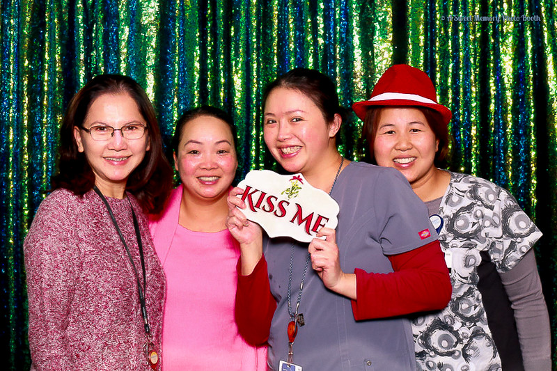 Medtronic Holiday Party -27.jpg