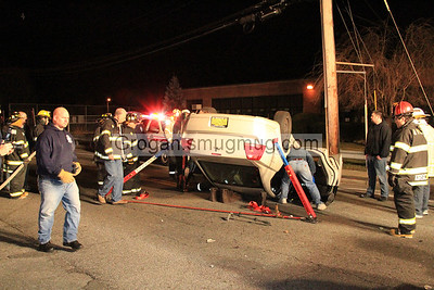 Lakeview ave overturn 3/11/12