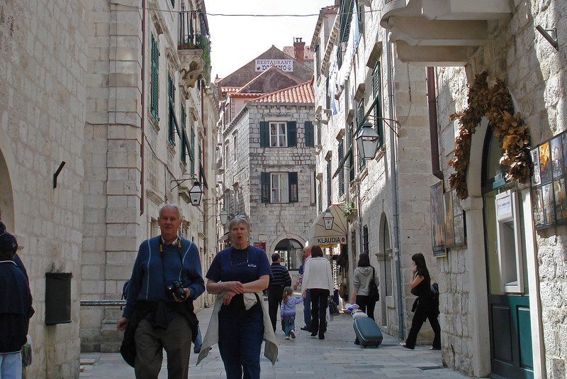 Street Scene 1.jpg
