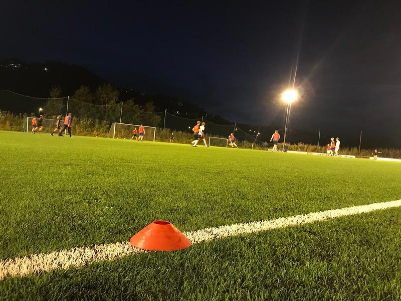 20191001 Rapport Marin Fotballklubb, bilde2.pdf.JPG