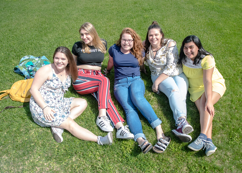 Sarah Batzer (left), Kate Wilson, Kat Williams, Cat Sage and Jazmine Lara enjoy a beautiful day back on campus.
