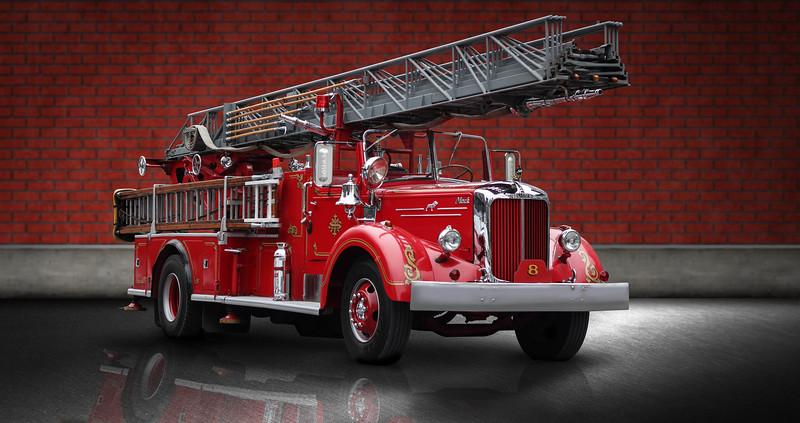 majestic-firetruckb.jpg