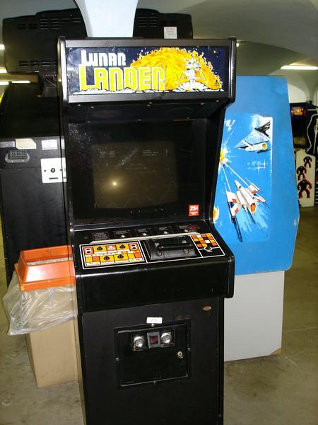 Lunar Lander - 1979 Atari