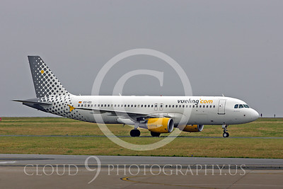 Vueling Airline Airbus A320 Airliner Pictures