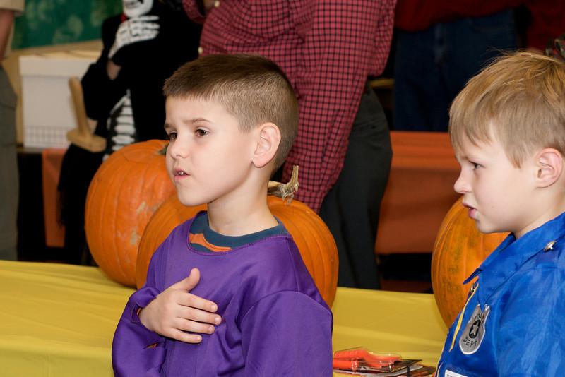 Cub Scouts Pumpkin Carving  2009-10-22  34.jpg