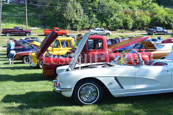 08-22-15 NEWS Maumee Valley Car Show
